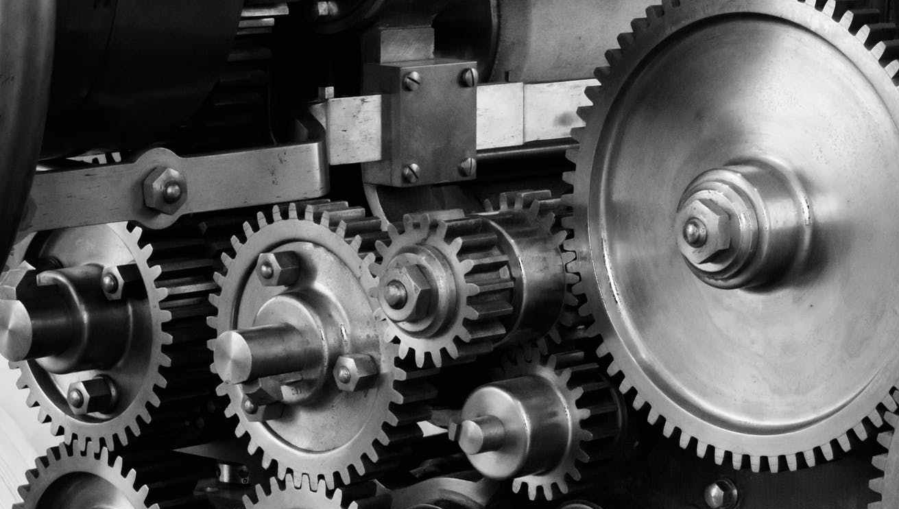 gears-cogs-machine-machinery-159298-e1523135856617.jpeg