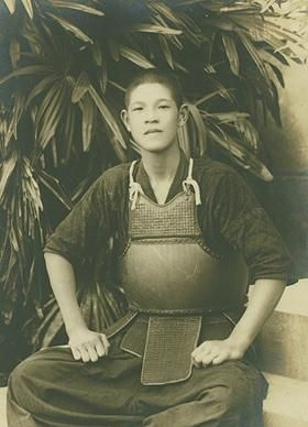 Lee_Teng-hui_younger.jpg